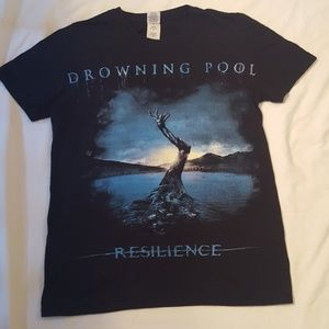 Tops - Drowning Pool,Resilience,Tour 2013 Tshirt,Sz S